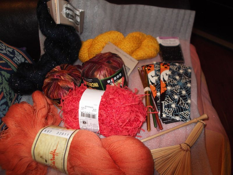 Halloween-yarn-exchange 002